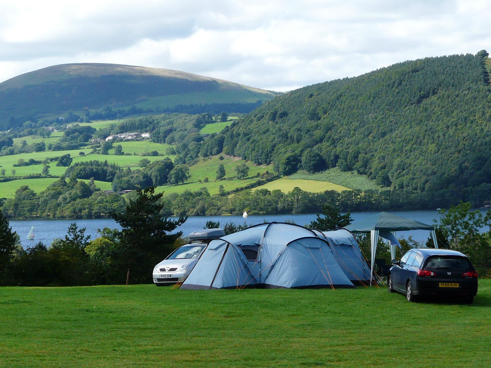 Lake view field