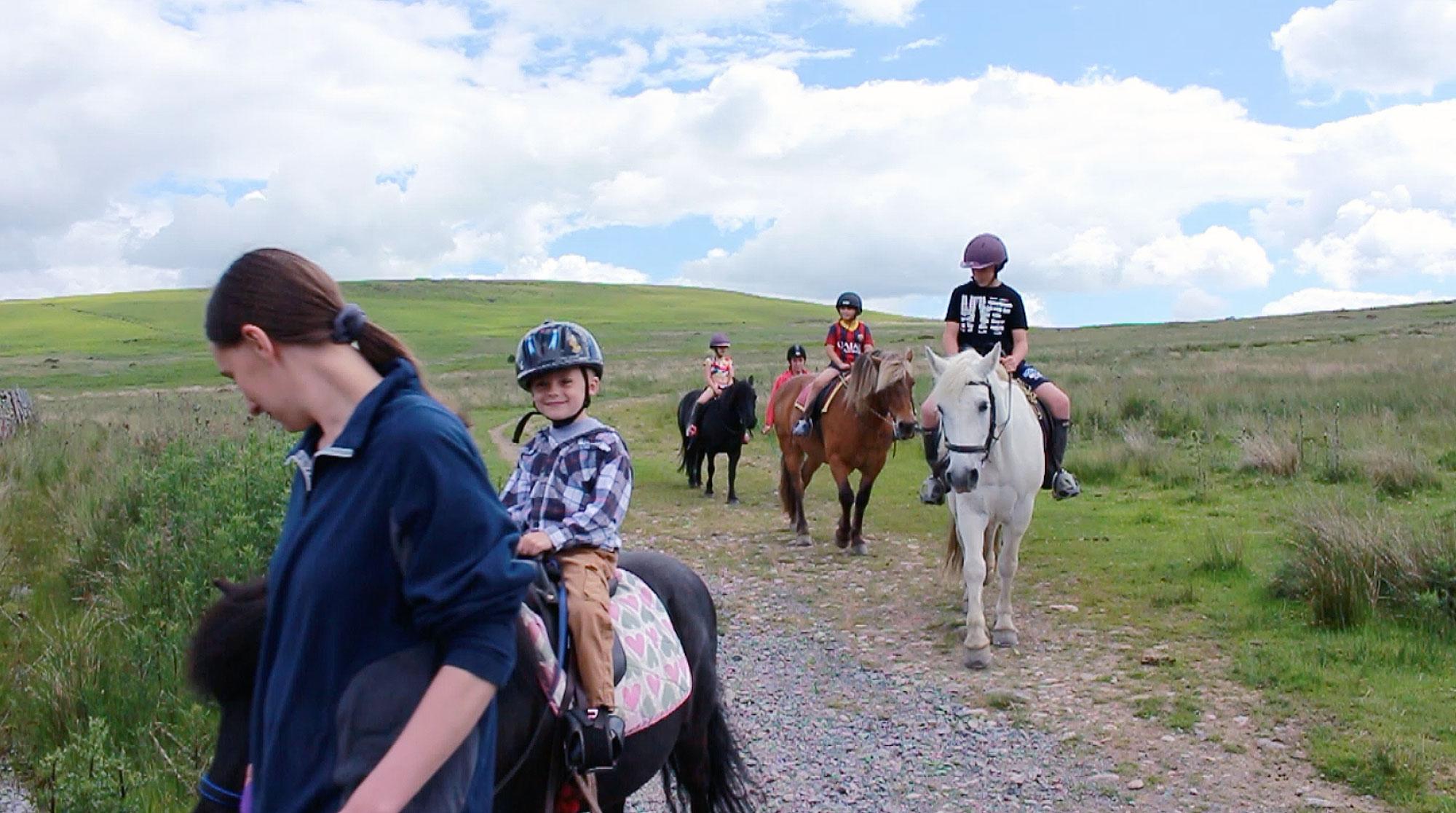 Pony trekking Ullswaster